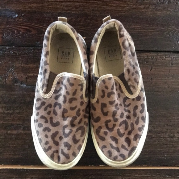 GAP Baby Animal Slip-On Sneakers Shoes Toddler Girls NWT Size 8 Leopard